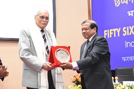 Dean Honoring the Chairman Dr Anupam Verma